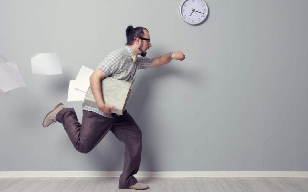 A tolerância de atrasos no local de trabalho